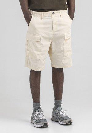 KOMANDO  - Shorts - stein kahki