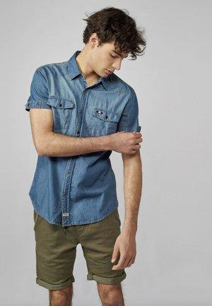 MANGA CORTA - Camisa - azul denim