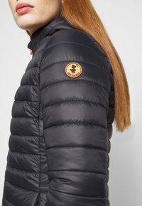 Save the duck - GIGA BRYANNA DETACHABLE HOODED - Winter coat - black - 6