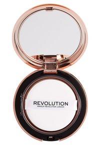 Make up Revolution - CONCEAL & DEFINE POWDER FOUNDATION - Foundation - p1 - 2