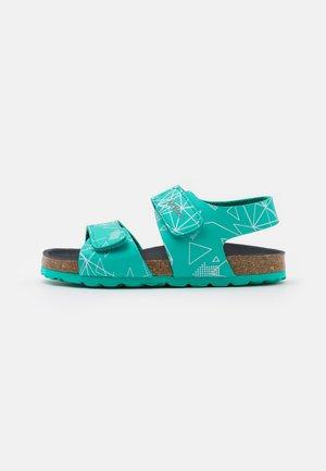 SUMMERKRO - Sandals - vert galactic