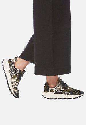 PAMPAS - Sneakers basse -  green