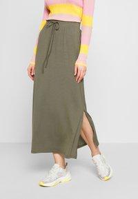 Vero Moda - VMAVA ANCLE SKIRT  - Maxi skirt - bungee cord - 0