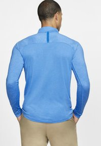 Nike Golf - DRY TOP HALF ZIP - Funktionströja - light blue - 2