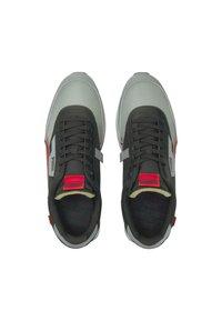 Puma - Sneakers - black-high risk red - 1