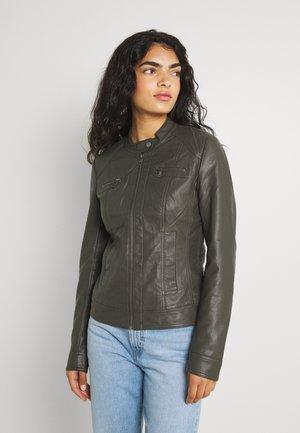 ONLBANDIT BIKER - Faux leather jacket - beluga