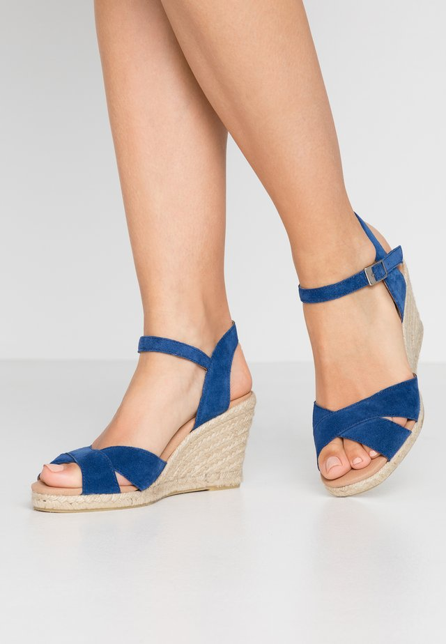 DORIT - Korolliset sandaalit - sea blue
