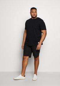 Jack & Jones - JCOALEX TEE CREW NECK - Basic T-shirt - black - 1