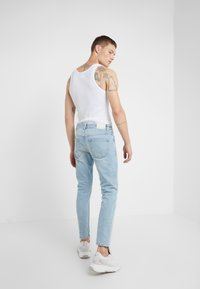CLOSED - COOPER - Jeans Tapered Fit - light blue - 2