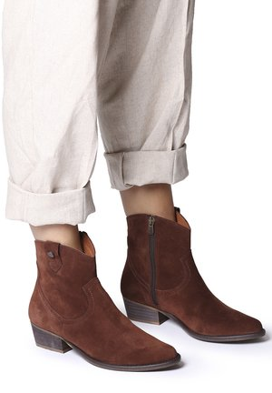 URBAN-SY - Ankle boots - brandy