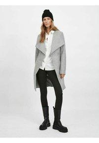 Vila - Classic coat - light grey melange - 1