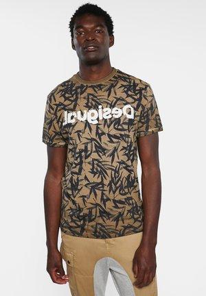 TS_CESARION - Print T-shirt - brown