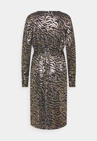 Ilse Jacobsen - DRESS SHORT - Cocktail dress / Party dress - platin/black - 1