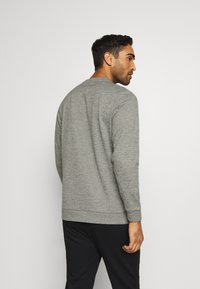 Nike Performance - CREW STANDARD FIT - Sweatshirt - dark grey heather/black - 2