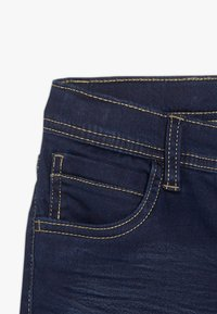 Name it - NKMROSS DNMTHAYER PANT - Slim fit jeans - dark blue denim - 3