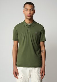 Napapijri - ELLI - Poloshirt - green cypress - 0