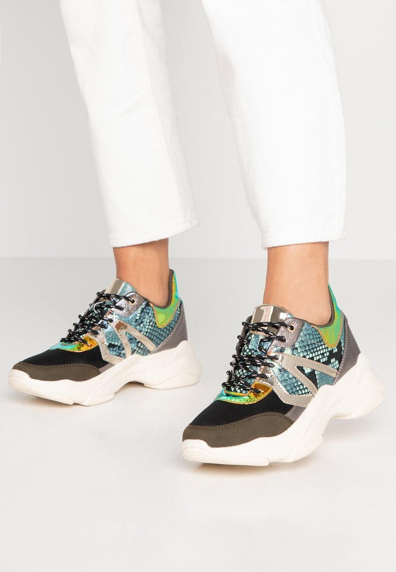 Bullboxer - Trainers - forest