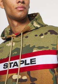 STAPLE PIGEON - TAPE LOGO HOODIE UNISEX - Hoodie - green - 5