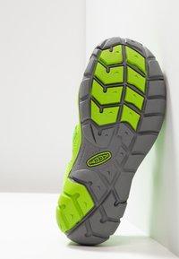 Keen - SEACAMP II CNX - Chodecké sandály - vibrant green - 5