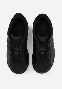 adidas Originals - SUPERSTAR SPORTS INSPIRED SHOES - Sneakersy niskie - core black - 3