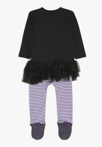 mothercare - BABY WITCH - Sleep suit - black - 1