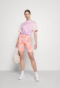 Nike Sportswear - Shorts - pink foam - 1