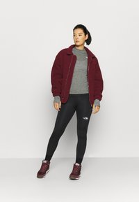 The North Face - W ACTIVE TRAIL WOOL L/S - Funktionströja - black heather - 1