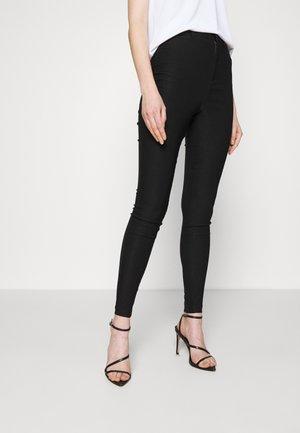 VMAUGUSTA SOLID PANT - Kalhoty - black