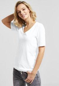 Street One - PALMIRA - Basic T-shirt - white - 0