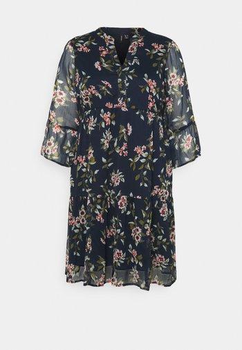 VMKAY DRESS - Denní šaty - navy blazer