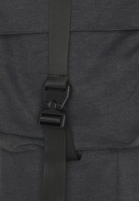 Sixth June - FRONT BUCKLE POCKET PANT - Cargo trousers - mottled black - 2
