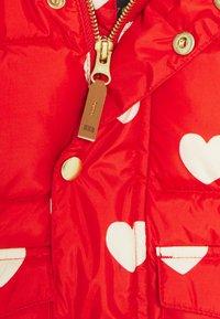 Mini Rodini - BABY HEARTS PICO PUFFER JACKET - Winter jacket - red - 3