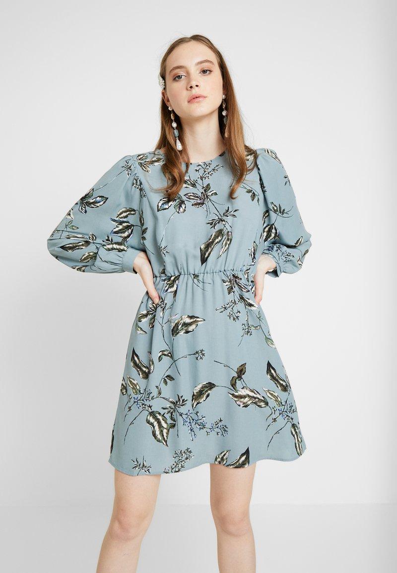 Vero Moda - VMSUS SHORT DRESS - Kjole - slate