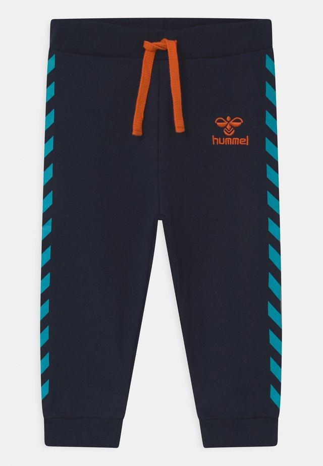 VILLADS UNISEX - Pantalon classique - black iris