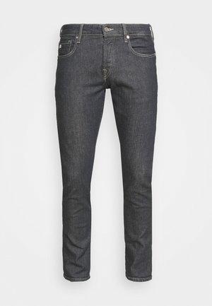 SKIPPER - Jeans slim fit - grey denim