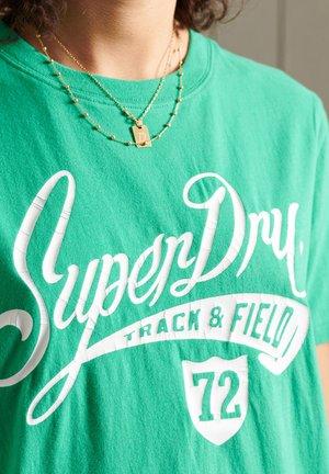 COLLEGIATE CALI STATE - Print T-shirt - evergreen