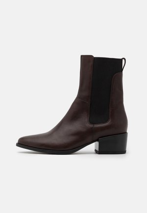 MARJA - Stiefelette - brown