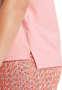 Marc Cain - Basic T-shirt - candy pink - 2