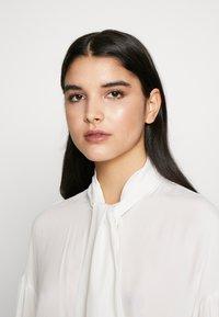 Pinko - IRISH BLUSA - Skjorte - white - 3