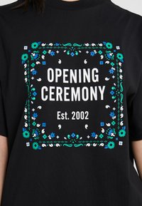 Opening Ceremony - BANDANA BOX TEE - Print T-shirt - black - 5