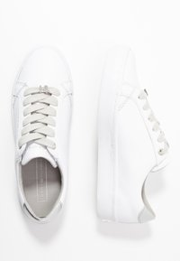 Tommy Hilfiger - CASUAL  - Tenisky - white/silver - 3