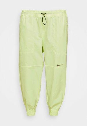 Pantaloni - barely volt