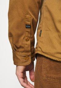 INDICODE JEANS - BORDEN - Shirt - braun - 5
