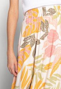 Saint Tropez - GABY SKIRT - A-line skirt - birch botanic outline - 3