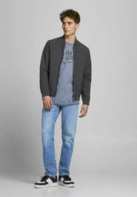 Jack & Jones - CLARK ORIGINAL - Jeans Straight Leg - blue denim - 1