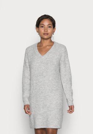 PCELLEN V NECK DRESS - Neulemekko - light grey melange