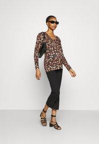 LOVE2WAIT - NURSING  - Long sleeved top - brown - 1