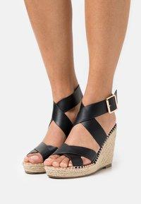 Divine Factory - Platform sandals - noir - 0