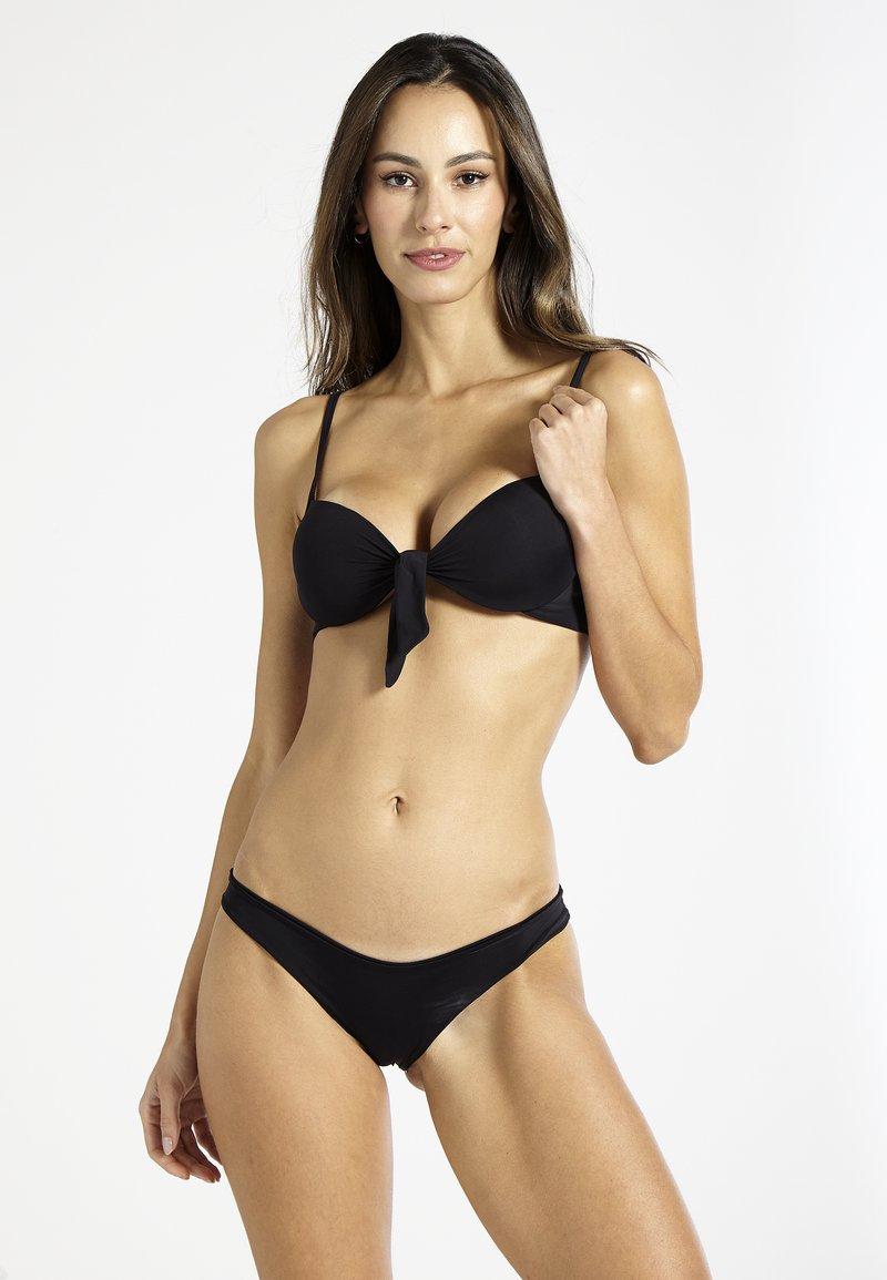 Sixty Ninety - Bikini top - black