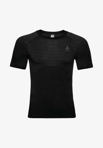 MIT INTEGRIERTEN BELÜFTUNGSZONEN - Print T-shirt - black